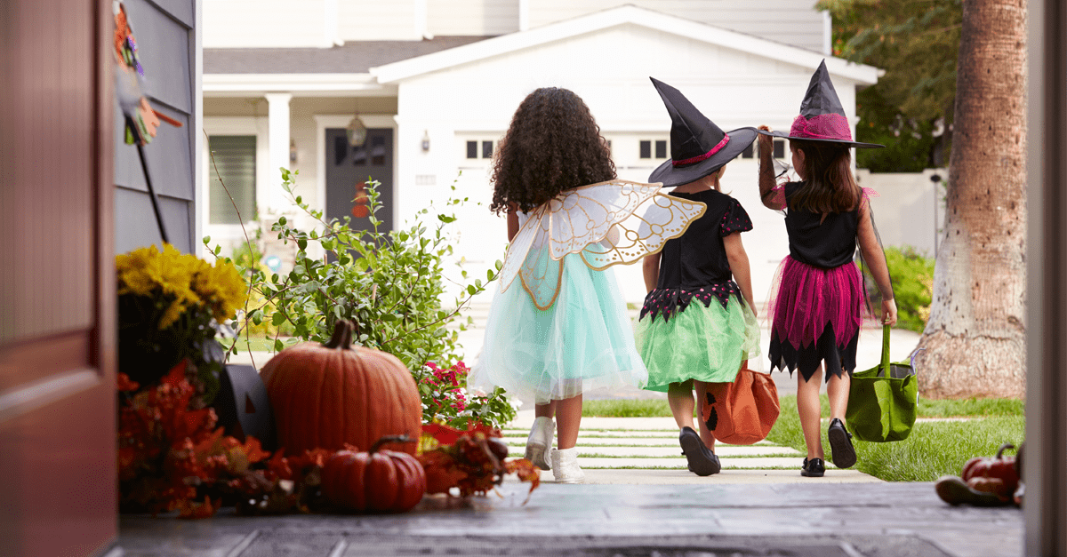Halloween traditions around the workd, from lernin blog